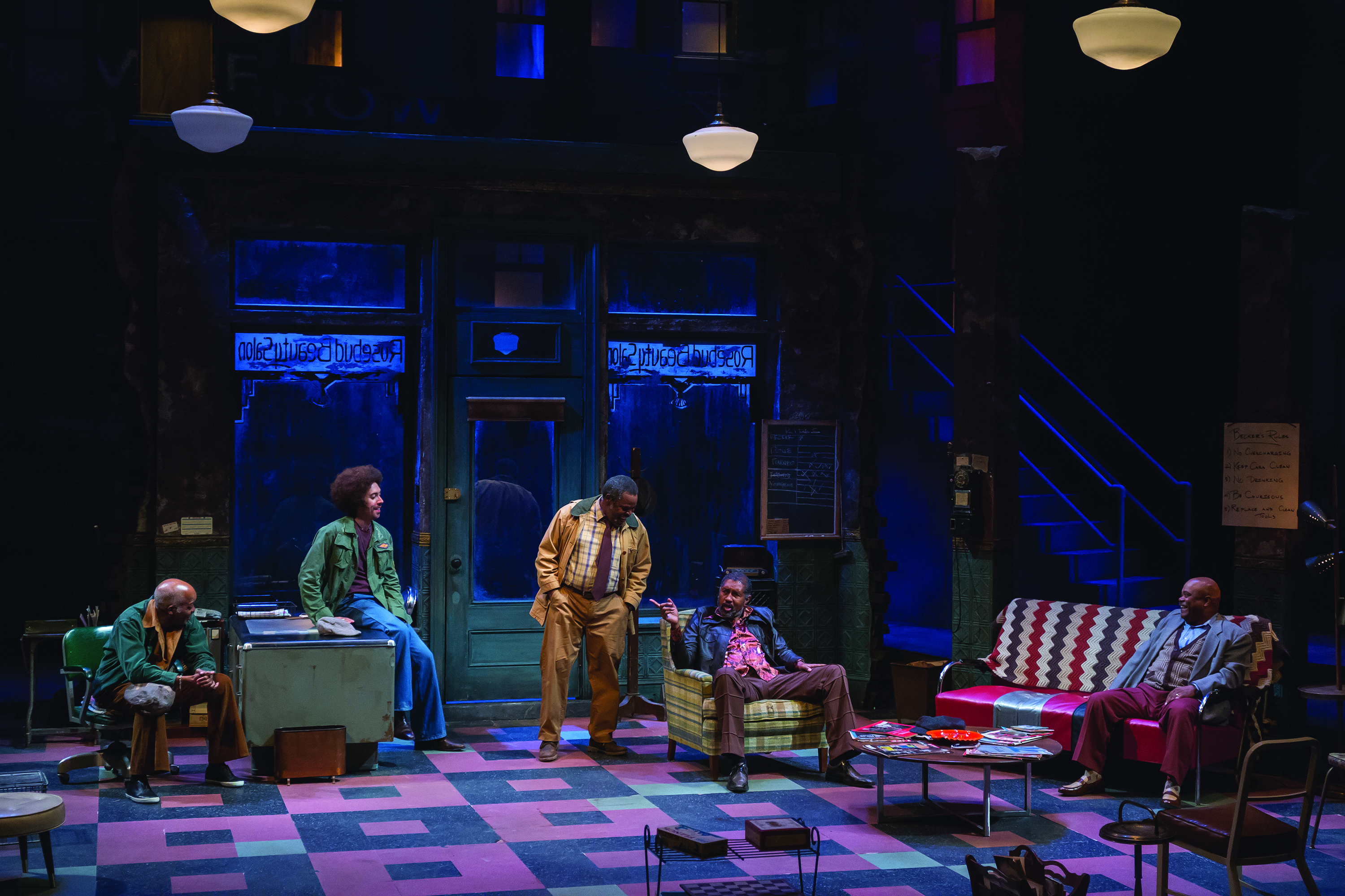 a critique of the off broadway show jitney based on a dramatic play by august wilson A season of august wilson at it until its off-broadway production in 2000 jitney portrays a group of august wilson won two pulitzer prizes show.